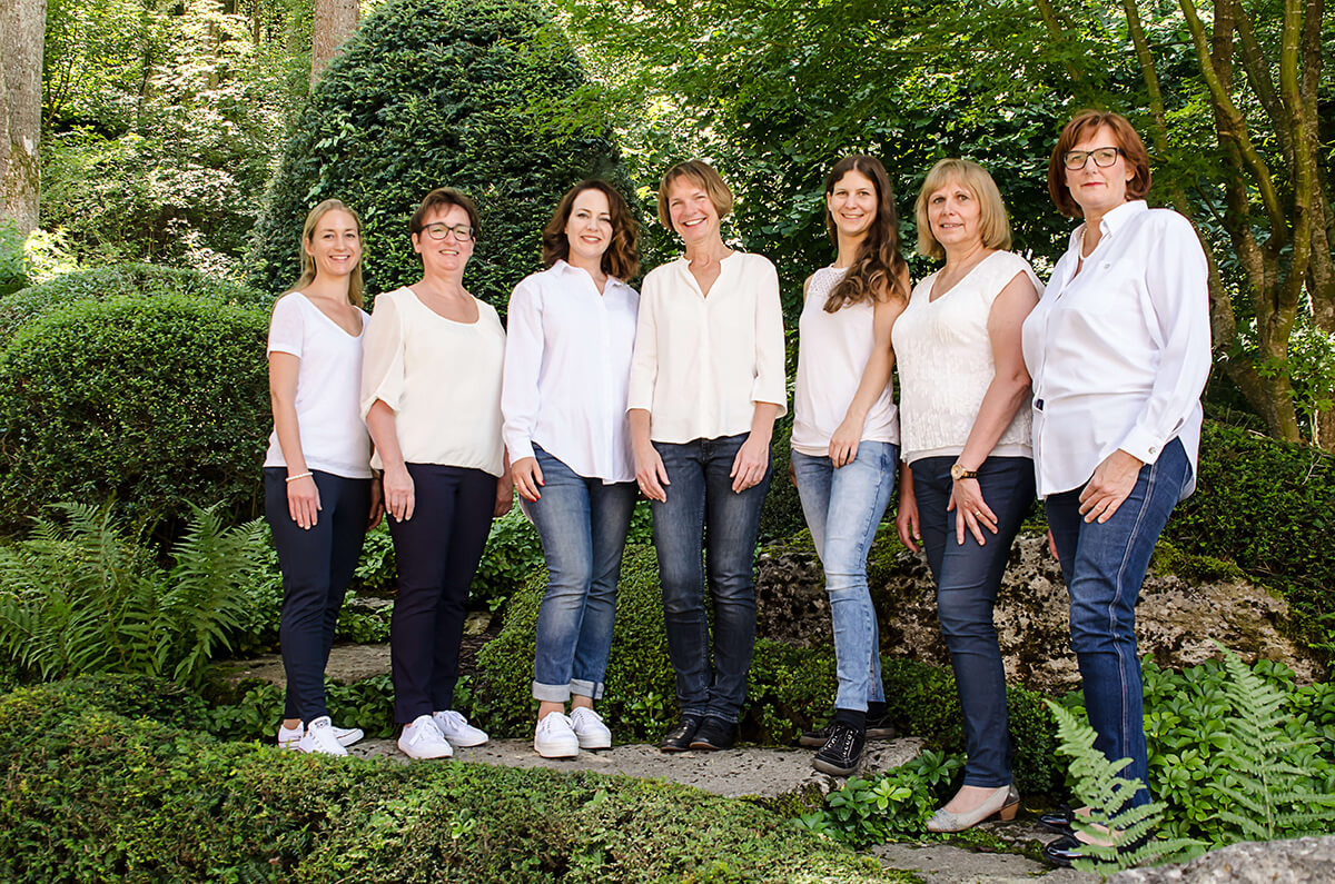 Team Rathaus Apotheke in Uettingen